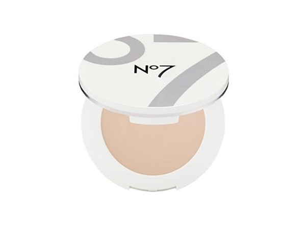 NO7 Airbrush Away Powder