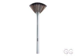 Bleach London Powder Brush P001