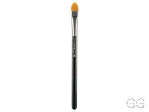 195 Concealer Brush